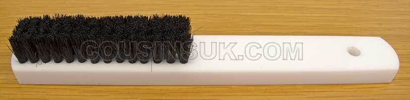 Soft Bristle Brush (3 Row), White Handle